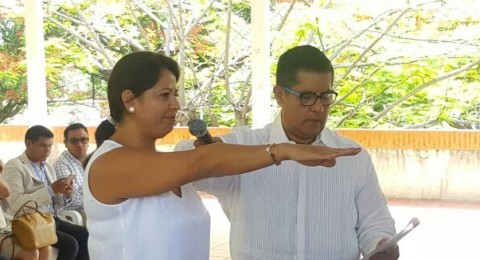 "<a href=""/toma-protesta-dora-rosales"">Rinde protesta Dora Ivonne Rosales como presidenta del IMIPE</a>"