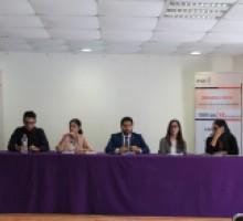 Jóvenes universitarios de la UAEM participando en la Jornada.